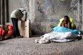 Mejoran los indicadores de pobreza en España