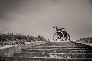 Incomprensión,  entre los 'síntomas' más graves de la esclerosis múltiple (PIXABAY/FEROBANJO)