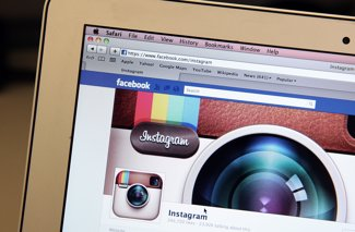 Instagram, Facebook y WhatsApp, las redes donde los jóvenes encuentran inspiración para sus vacaciones (GETTY)
