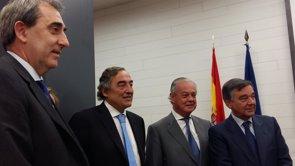 CEOE: más colaboración público-privada para que el SNS siga siendo sostenible (EUROPA PRESS)