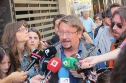 Domènech (EnComúPodem) afirma que el PP està a favor dels bancs i contra