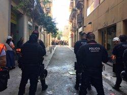 La manifestació pel Banc Expropiat es dissol però segueix havent activistes a la zona (EUROPA PRESS)