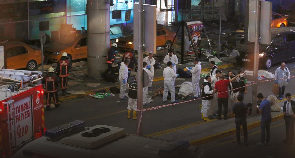 Foto: El balance del atentado del aeropuerto de Estambul aumenta a 41 muertos (REUTERS)