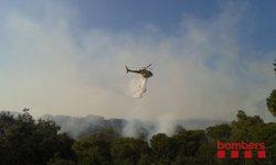 Successos.- Els desallotjats per l'incendi de Blanes (Girona) ja poden tornar a casa seva (BOMBERS DE LA GENERALITAT)