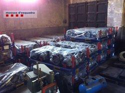 Desmantellat un grup criminal especialitzat a robar mercaderies de camions (MOSSOS D'ESQUADRA)