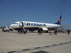 Ryanair llança ofertes per a dues de les tres rutes cancel·lades per Vueling (AENA)