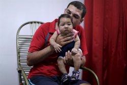 Brasil registra más de 1.700 casos de microcefalia (UESLEI MARCELINO / REUTERS)