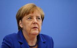 Merkel descarta canvis imminents en la política d'acollida a refugiats (HANNIBAL HANSCHKE/REUTERS)