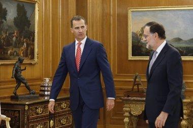 Foto: Rajoy acepta el encargo del Rey pero no garantiza que irá a la investidura (TWITTER @CASAREAL)
