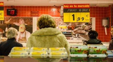 El IPC interanual sube dos décimas en julio, hasta el -0,6%, por el encarecimiento de los alimentos (EUROPA PRESS)