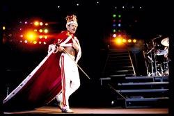 Hard Rock Café de Barcelona commemora el 70è aniversari de Freddie Mercury (FREDDIE MERCURY)