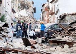 Ja són 13 els morts pel terratrèmol al centre d'Itàlia (REMO CASILLI/REUTERS)