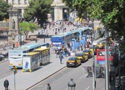 Augmenten els usuaris de l'Aerobús i busos metropolitans per arribar a l'Aeroport del Prat (EUROPA PRESS)
