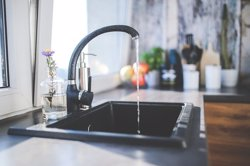L'aigua de La Bisbal d'Empordà i Forallac torna a ser apta per al consum (PIXABAY)
