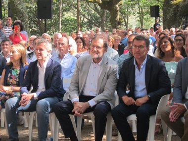 "Foto: Rajoy alerta dun posible ""cuatripartito"" en Galicia ""inestable, radical e extremista"" (EUROPA PRESS)"