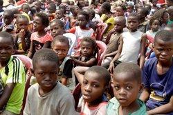 Els nens africans conformaran el 2030 gairebé la meitat de la població més pobre del món (REUTERS)