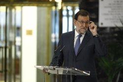 Rajoy es reunirà aquest dilluns amb Sánchez per demanar-li l'abstenció en el debat d'investidura (EUROPA PRESS)