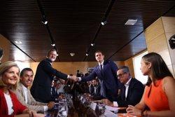 Rivera assegura a PSOE que 100 mesures pactades amb el PP ja van ser acordades amb Sànchez (PP)