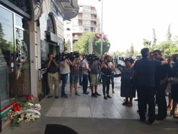 Familiars i amics italians rendeixen homenatge a Ana Huete abans de la seva repatriació (EUROPA PRESS)