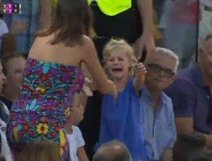 Rafael Nadal para un partido para que una madre encuentre a su hija perdida