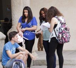Uns 14.000 estudiants de Secundària rebran una invitació cultural en les seves cases (EUROPA PRESS)