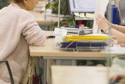 El Ctesc constata una cronificació dels aturats de llarga durada malgrat la reducció de la desocupació (EUROPA PRESS)