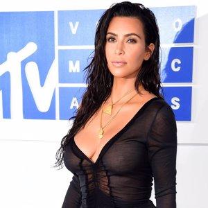 Kim Kardashian cumple 36 años: repasamos su transformación física y mediática