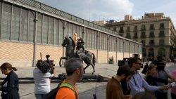 L'Ajuntament de Barcelona retira del Born l'estàtua eqüestre de Franco (EUROPA PRESS)