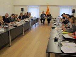 C's, PSC i SíQueEsPot retreuen a Junqueras la falta de compliment amb el ple de pobresa (EUROPA PRESS)