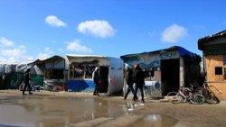 Comença l'evacuació de refugiats i immigrants a la 'Jungla' de Calais (ARCHIVO)