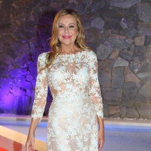 Ana Obregón se rodea de estrellas como Antonio Banderas para despedir su reality