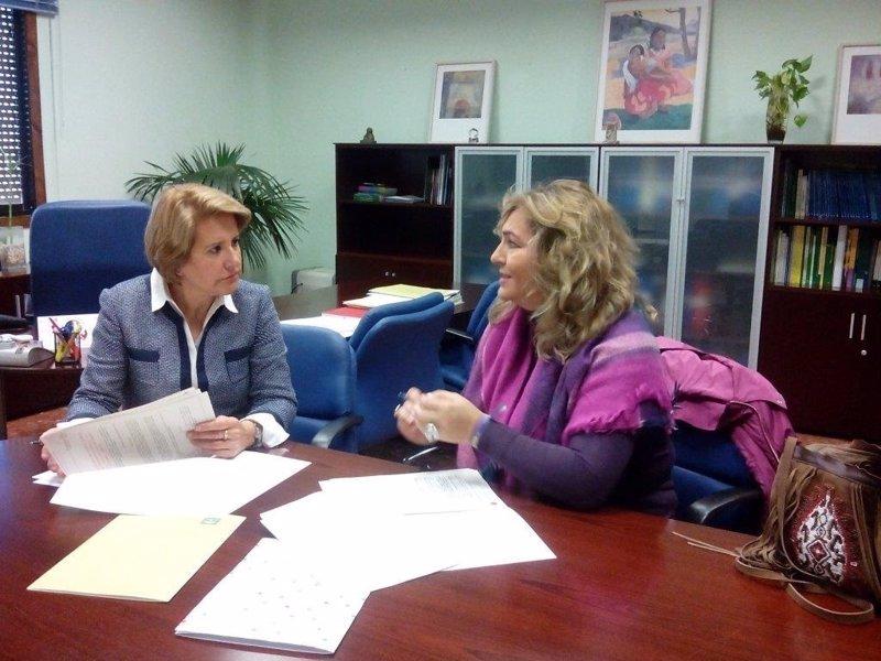 Distrito sanitario sevilla y fakali firman un convenio for Sanitarios sevilla