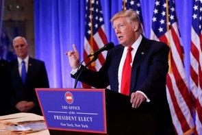 EEUU.- Trump afirma que los republicanos harán un favor a los demócratas derogando el Obamacare (REUTERS/SHANNON STAPLETON)