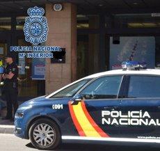 Una jove es cala foc a Puertollano (Ciudad Real) després de discutir amb la seva mare (POLICÍA NACIONAL)
