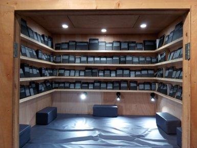 Alicia Framis exposa en la Blueproject llibres prohibits de la història de la literatura (EUROPA PRESS)