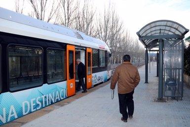 Es compleixen 6 mesos de l'entrada en funcionament dels nous trens de la Pobla amb una valoració positiva del territori (ACN)