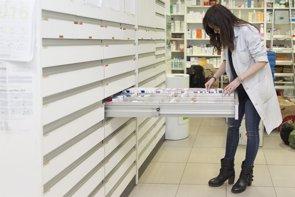 La red asistencial de farmacias, estructura sanitaria fundamental como apoyo, atención personalizada y de servicios  (EUROPA PRESS)