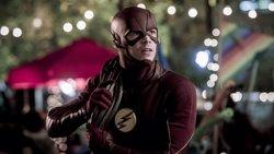 The Flash: Nuevas imágenes filtran la brutal aparición de un misterioso villano (THE CW)