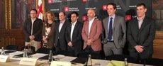 Pisarello signa un pacte amb grans telefòniques per reduir la bretxa digital a la ciutat (EUROPA PRESS)