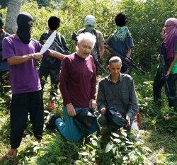 Els gihadistes filipins d'Abu Sayyaf decapiten un ostatge alemany (ABÚ SAYYAF)