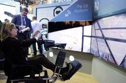 La xarxa 5G permet conduir un vehicle des del Mobile World Congress per un circuit de Tarragona (ACN)