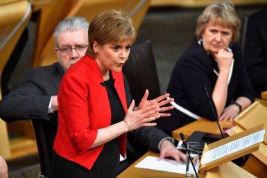 El Parlament escocès comença a debatre el segon referèndum amb missatges a Londres ( POOL NEW / REUTERS)