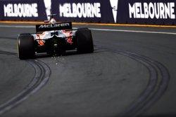 Alonso manté el tipus i Sainz sorprèn en l'obertura de la temporada (MCLAREN)