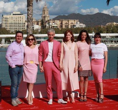 Eduardo Casanovas cumple 26 años estrenando en el Festival de Málaga su película 'Pieles'