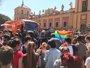 Intervención policial en Sevilla tras pedradas, huevazos y pintadas en el bus de Hazte Oír
