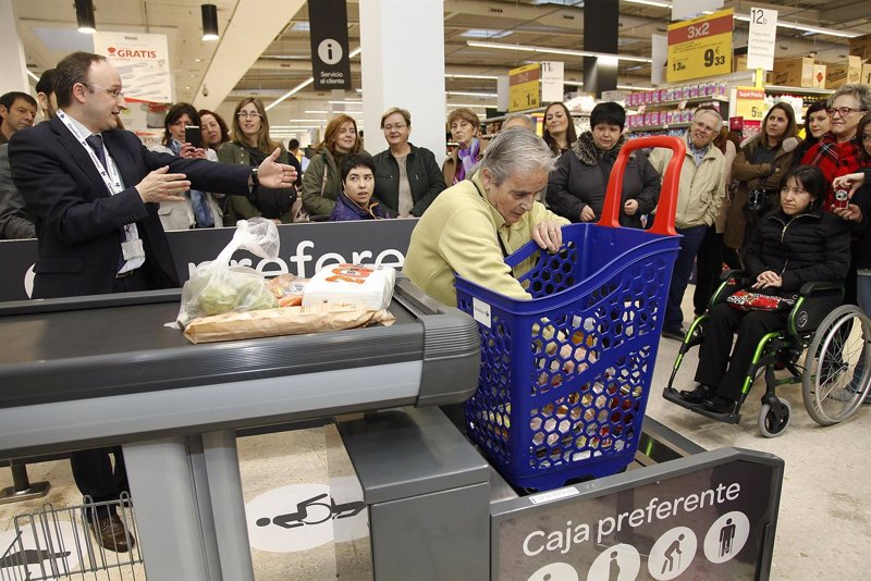 Carrefour vuelve a lanzar ma ana su habitual 39 operaci n for Manana abren los bancos en espana