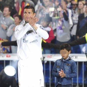 El hijo de Cristiano Ronaldo sigue sus pasos y el futbolista no puede estar más orgulloso