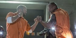 Habrá spin-off de Fast & Furious con Dwayne Johnson, Jason Statham y Charlize Theron (UNIVERSAL)