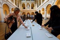Els francesos comencen a votar en les eleccions més convulses dels últims temps (ROBERT PRATTA)