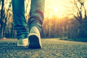 Esta es la razón por la que andar es bueno para la mente (GETTY)